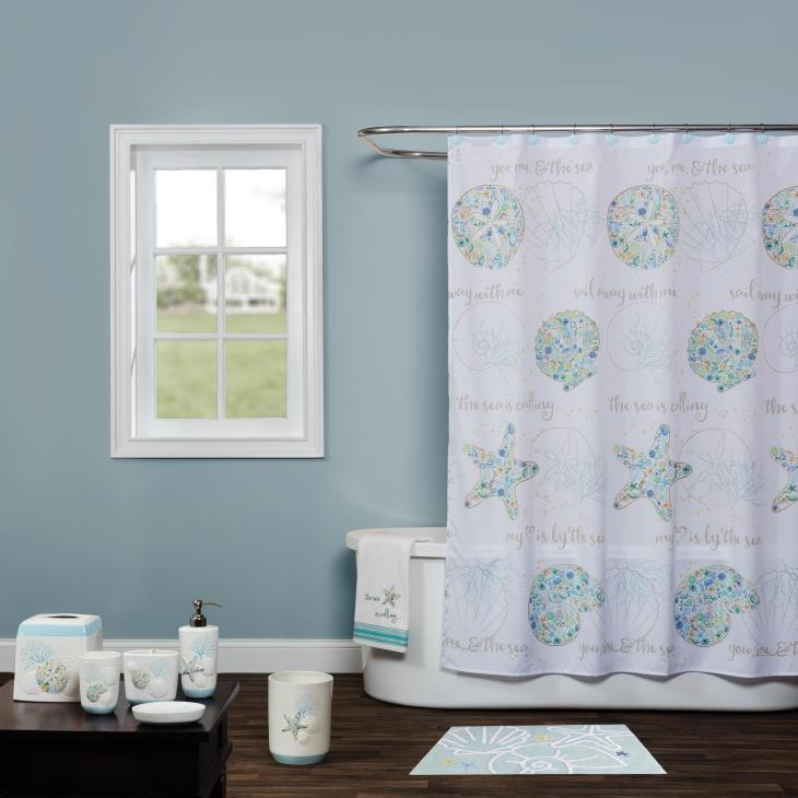 Picture of Seaside Blossoms Bath Towel